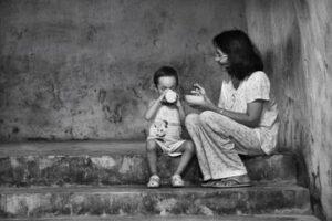 Perjalanan Wanita Single Parent Dengan 4 Orang Anak Selama 14 Tahun